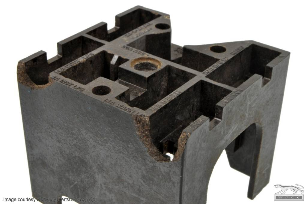 fuse block grade b used mercury cougar  fuse block grade b used 1969 1972 mercury cougar 1969