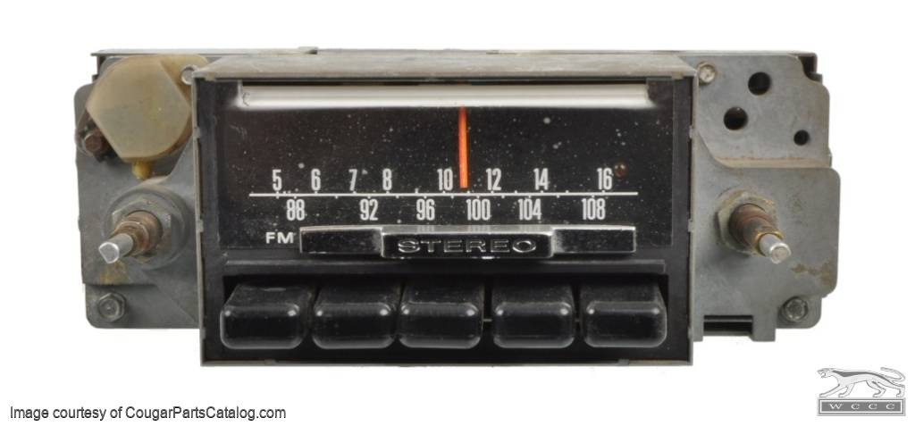 Radio - AM-FM Stereo - Non-Functional - Used ~ 1968 Mercury Cougar / 1968 Ford Mustang - 23510