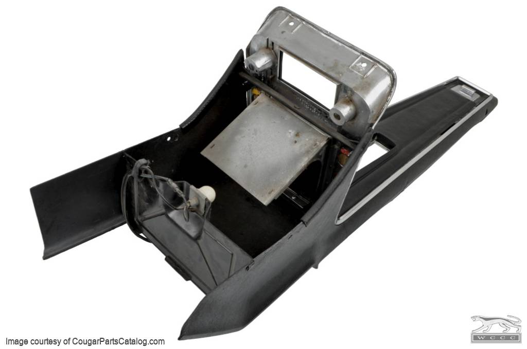 Center Console - Standard - Automatic Transmission - Used ~ 1967 Mercury Cougar - 20260