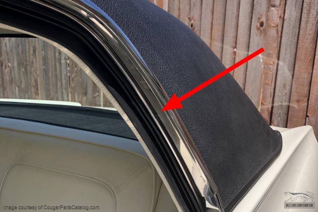 Moulding / Trim - Quarter Window To Drip Rail - Driver Side - Used ~ 1967 - 1968 Mercury Cougar - 20281