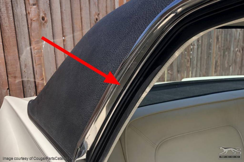 Moulding / Trim - Quarter Window To Drip Rail - Passenger Side - Used ~ 1967 - 1968 Mercury Cougar - 20573
