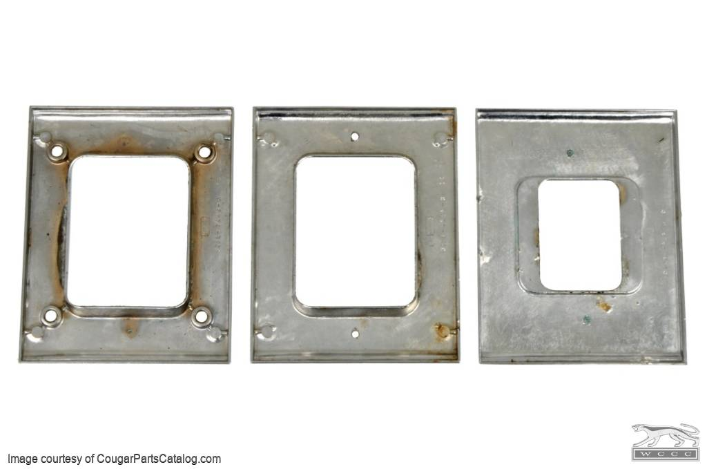 Bezel - Shifter Plate - Manual Transmission - Non-Console - Used ~ 1967 - 1968 Mercury Cougar - 31099