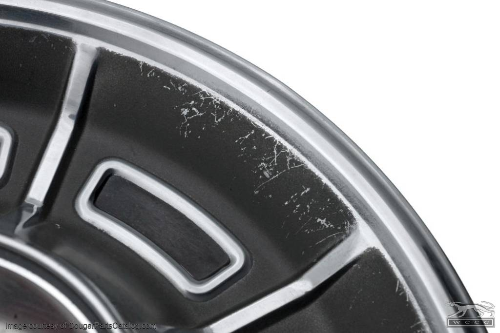 Hubcap / Wheel Cover - XR7 - Grade A - Used ~ 1971 - 1973 Mercury Cougar - 30941