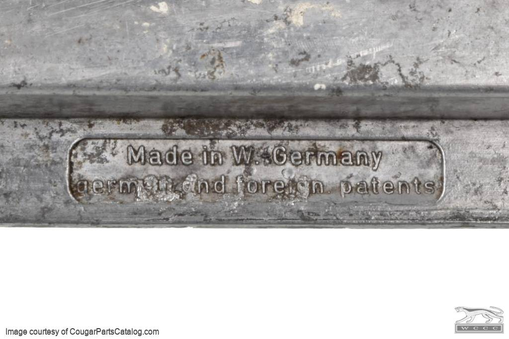 Cable Drive Housing - Sun Roof - Used ~ 1967 - 1973 Mercury Cougar - 31062