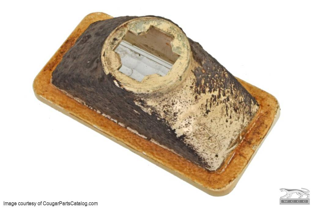 Lens - Side Marker Light - Front - Used ~ 1969 Mercury Cougar / 1969 Ford Mustang - 31370