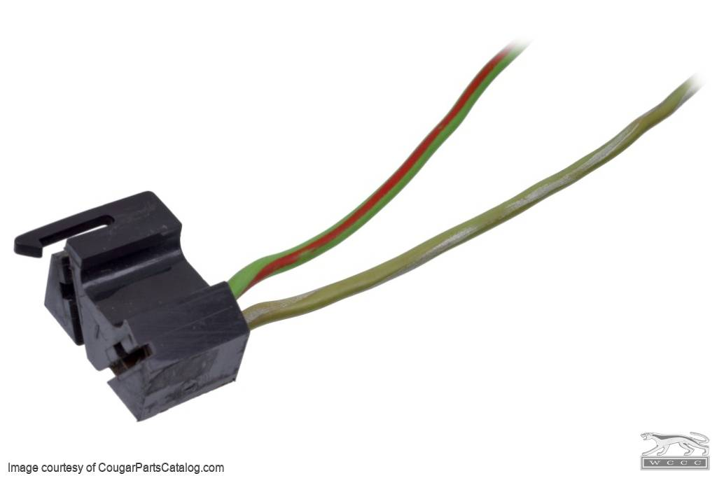 Wiring Pigtail - Under Dash Harness to Brake Pedal Switch - Standard / XR7 - Used ~ 1968 - 1970 Mercury Cougar  1968,1968 cougar,C8W,C8Z,cougar,mercury,mercury cougar,1969,1969 cougar,1970,1970 cougar,C9W,D0W,cougar,mercury,mercury cougar,brake,cougar,dash,harness,loom,main,mercury,mercury cougar,pedal,pigtail,plug,repair,standard,switch,under,used,xr7