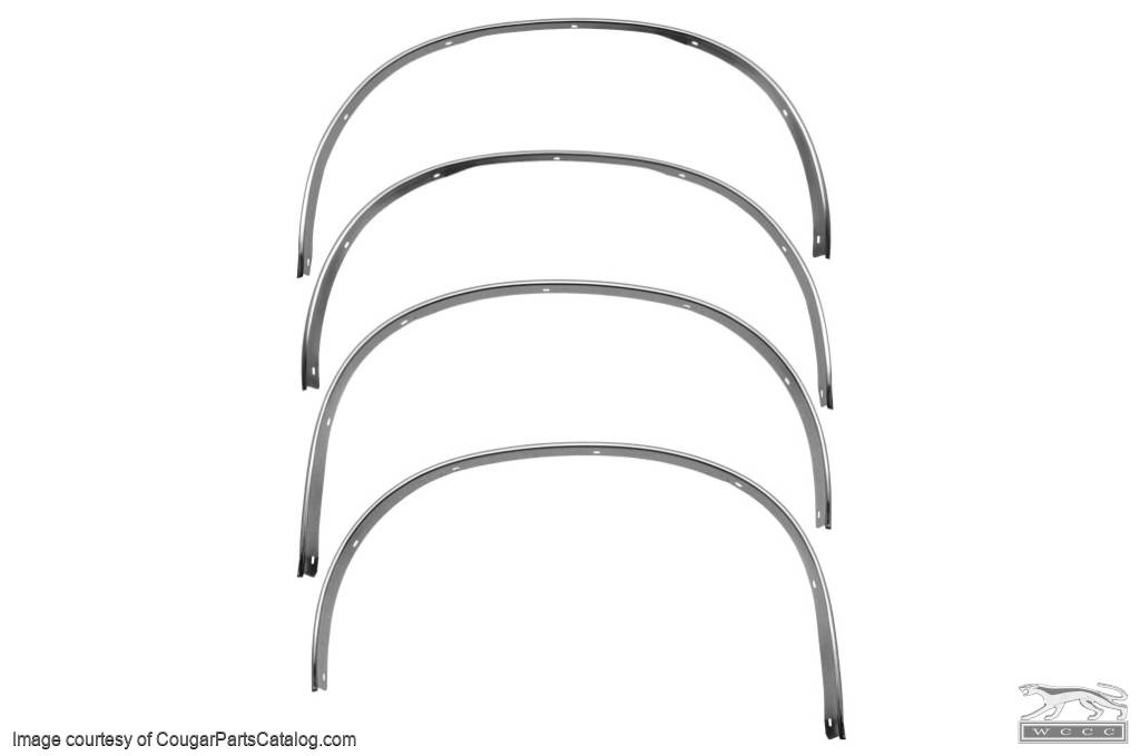M3615A 1971 72 73 Mustang Front Wheel Well Opening Trim Molding Right Side