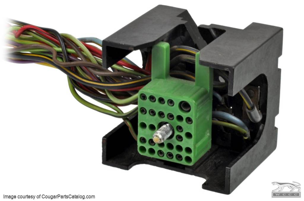 1368645444_x wiring fuse block w wire leads xr7 used ~ 1969 1970 Auto Fuse Box Replacement at metegol.co