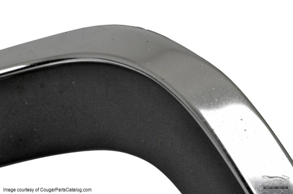 Moulding / Trim - Eyebrow / Fender Extension - Driver Side - Used ~ 1970 Mercury Cougar - 18702