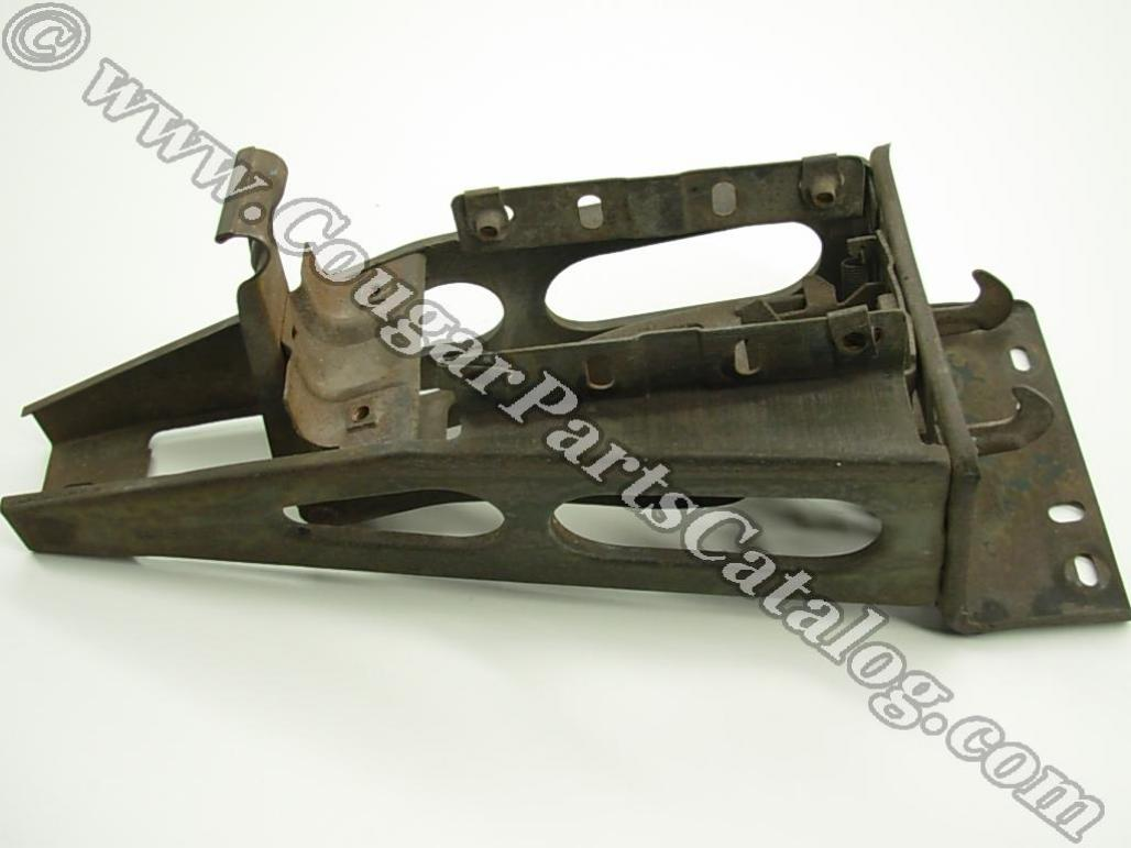 Hood Latch / Support Assembly - Grille Center - Grade A - Used ~ 1967 - 1968 Mercury Cougar - 19073
