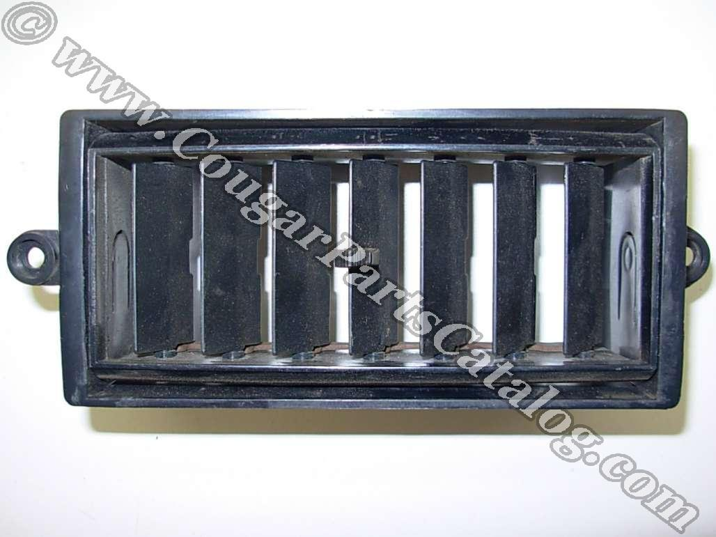 Vent Register Assembly - Used ~ 1971 - 1973 Mercury Cougar / 1971 - 1973 Ford Mustang - 11-0042