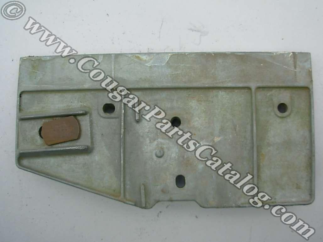 Door Glass - Window Channel Bracket - Front - Passenger Side - Used ~ 1969 Mercury Cougar / 1969 Ford Mustang - 11-0254